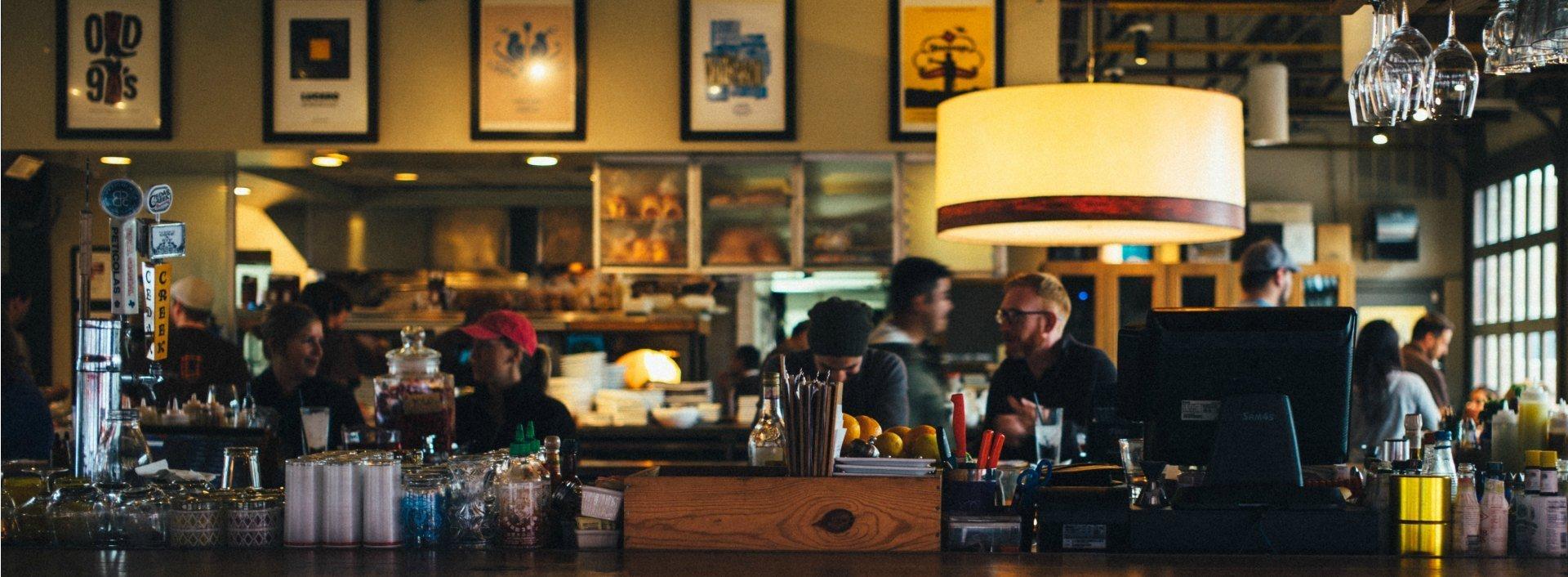 Restaurantformulierungen: Verwenden Sie diese sieben, wenn Sie in ein Restaurant gehen, um mit Freunden zu essen.
