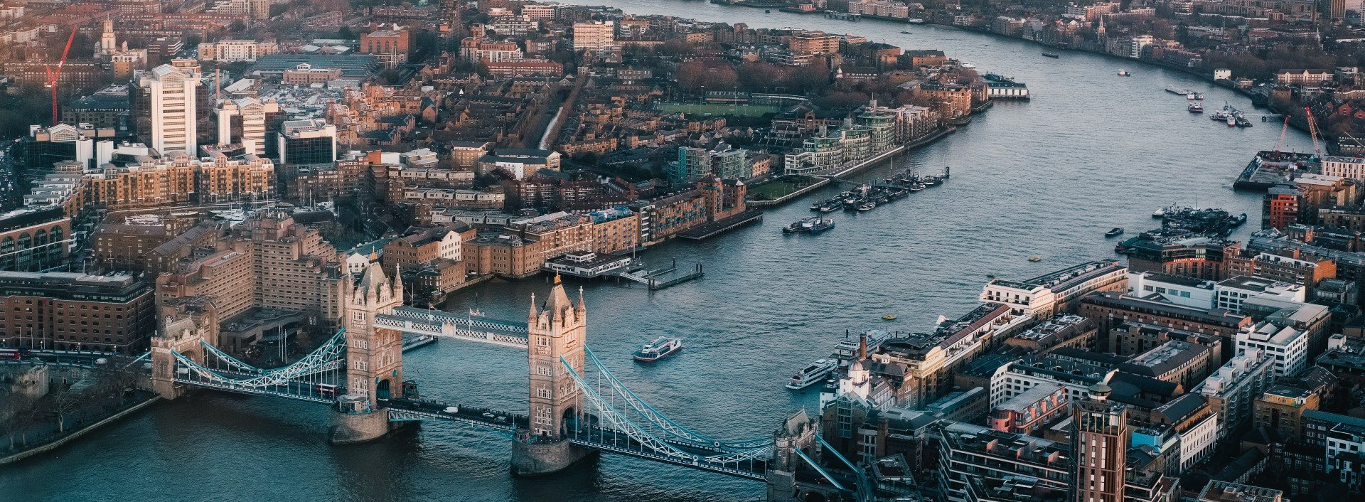 British Idioms: an aerial view of London, showing Tower Bridge and the River Thames